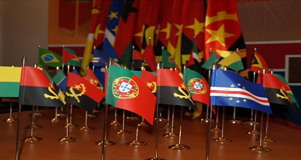 Bandeiras de secretária